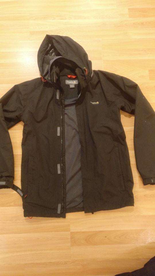 Black Regatta men's rain jacket size S