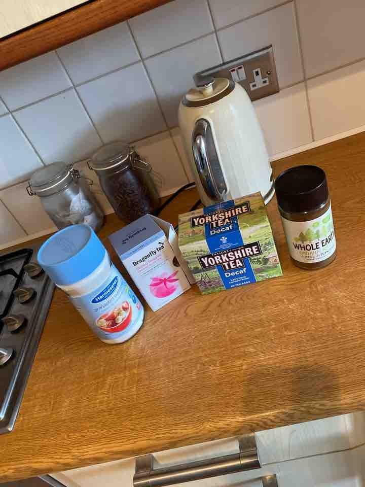 Decaf teas/coffees/sweetener