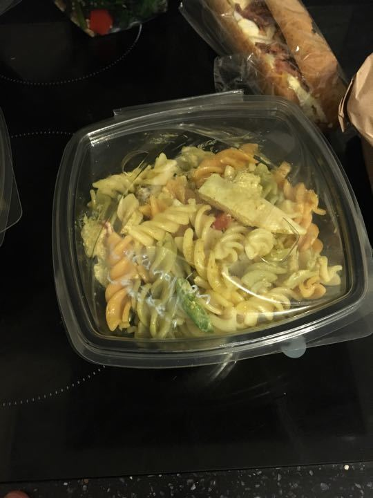 Coronation chicken pasta