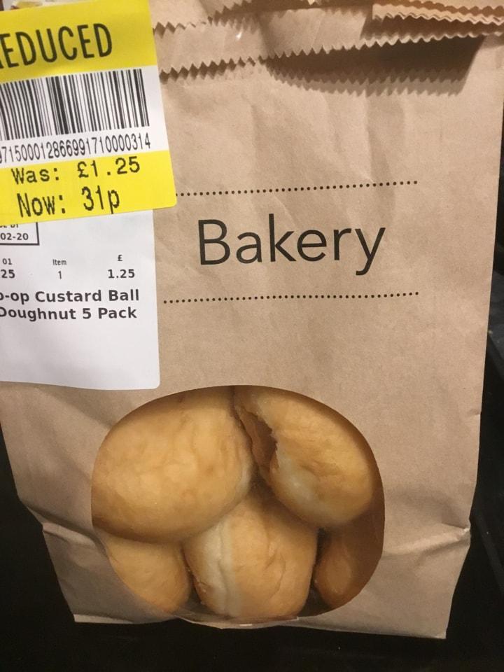 Custard ball doughnuts