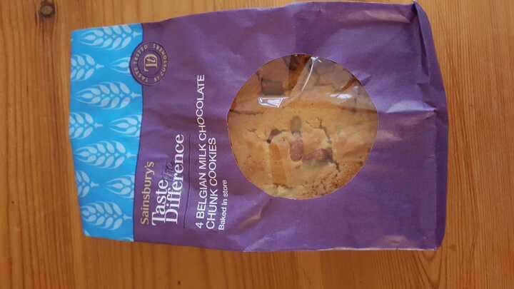4 Chunky Belgian chocolate chunk cookies. Bbe 03/02. H