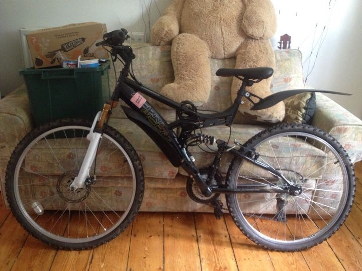 Double suspension mountain bike
