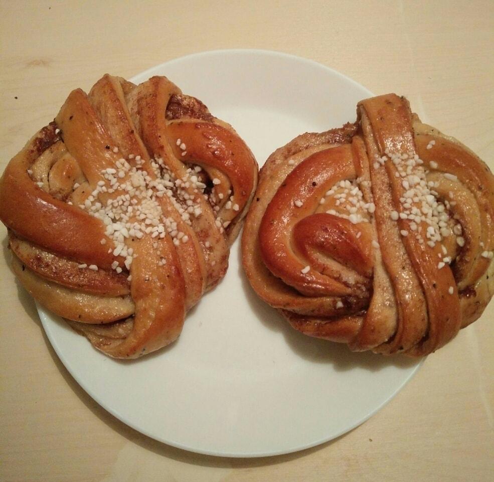 Cinnamon buns from Il Caffé