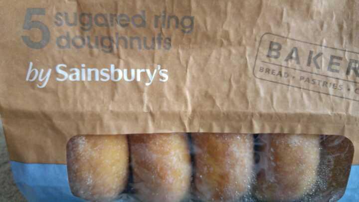 5 sugared ring doughnuts