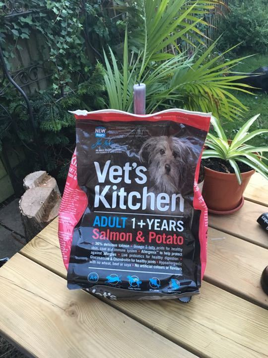Dog food, Vets kitchen salmon and potato kibble (a couple of meals left for medium dog)