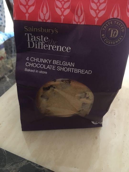 Chunky Belgium chocolate shortbread
