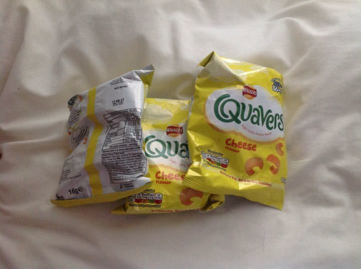 Walkers Quavers 3 small packets