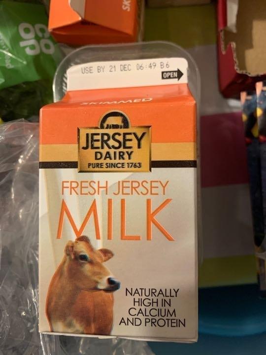 Jersey dairy skimmed milk