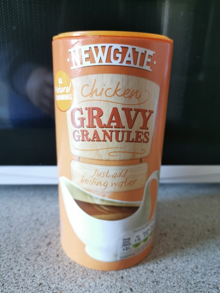 Chicken gravy granules