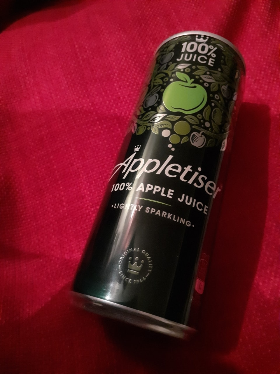 Can of appletiser