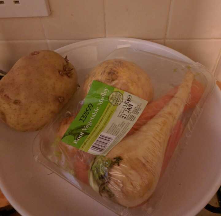 Root Veg (parsnip, swede, carrot, onion)
