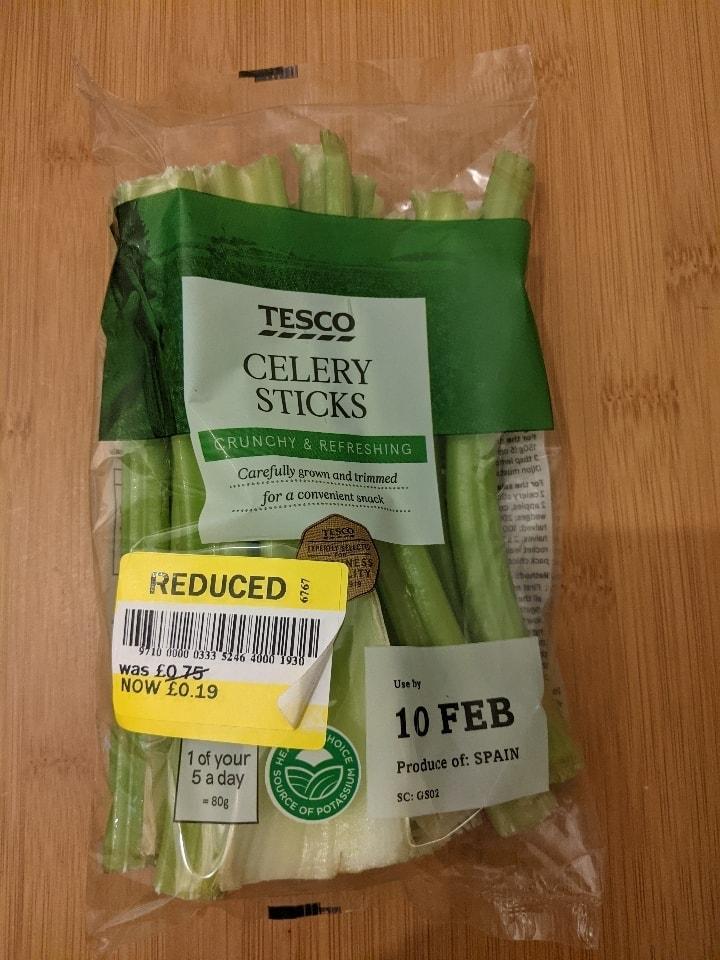 Celery sticks (Tesco) UB 10/02