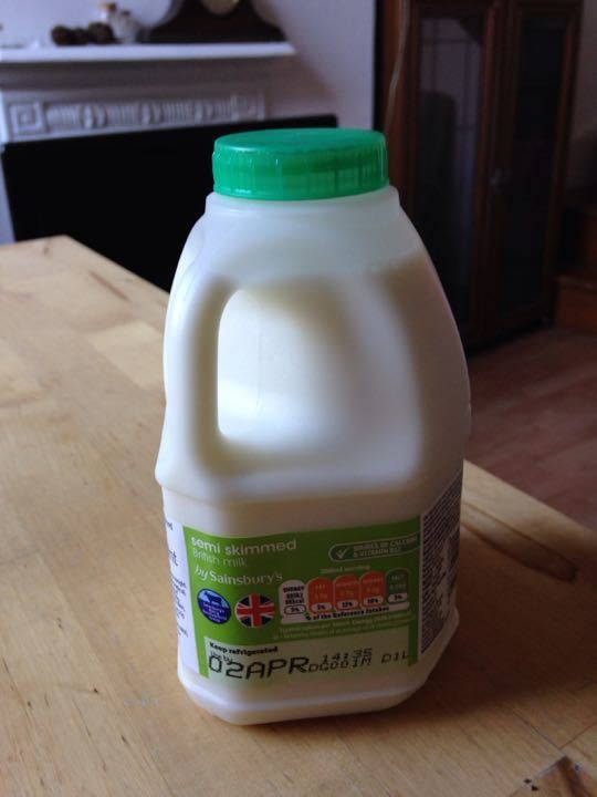 Semi skimmed Milk (1 pint) unopened