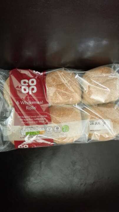 6 Coop wholemeal rolls