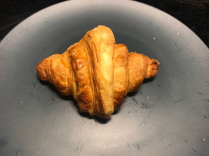 Fresh croissant from Non Solo Bar (03/03)