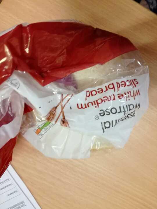Essential Waitrose White Bread