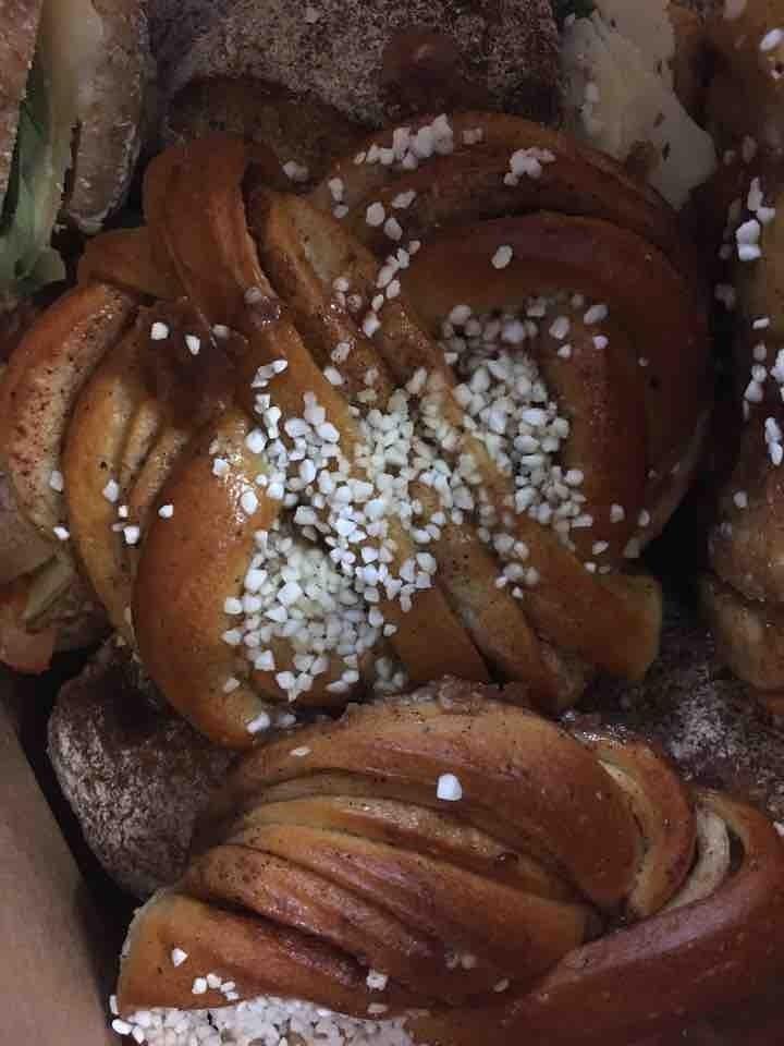 Fresh Cinnamon bun from Il Caffe