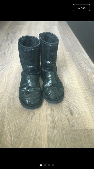 Black sequined uggs 5.5