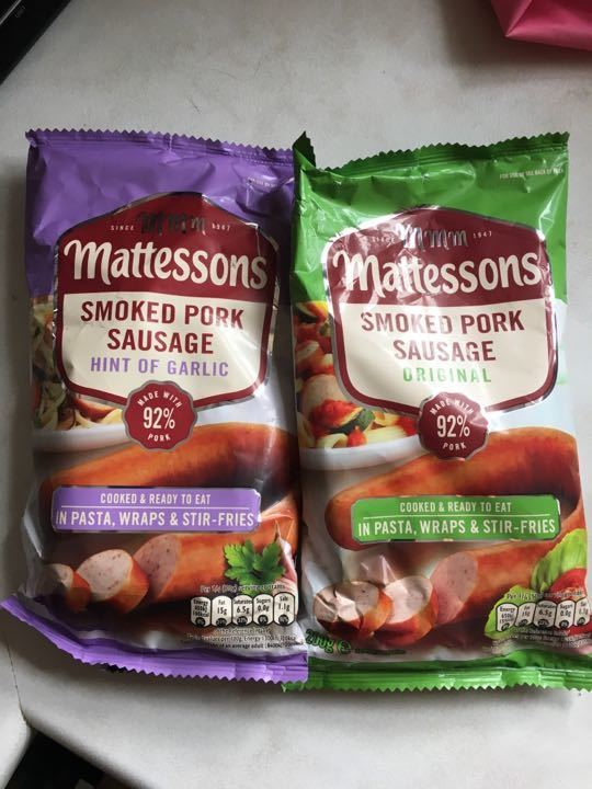 Mattessons smoked pork sausage *2 (one with garlic)