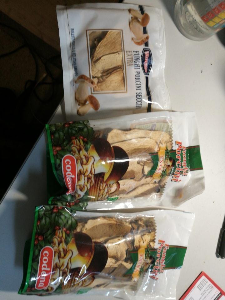 Dried Italian funghi porcini