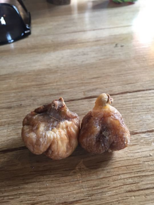 Two dried figs