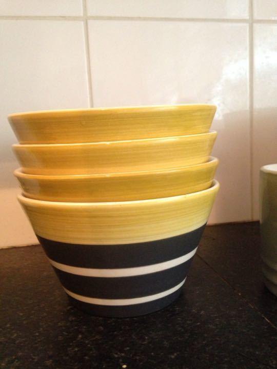 4 X bowls