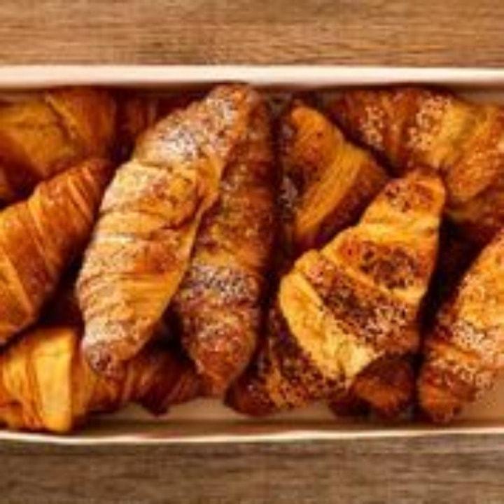 PRET A MANGER Fresh Bakery Food - M16 0NL - Thursday 8:30am - 8:45am