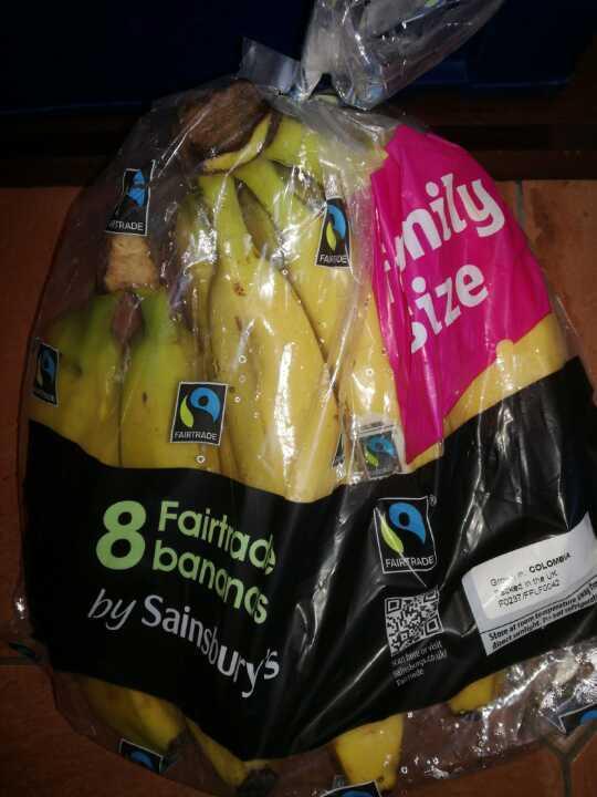 Family size bag 8 Fairtrade Bananas