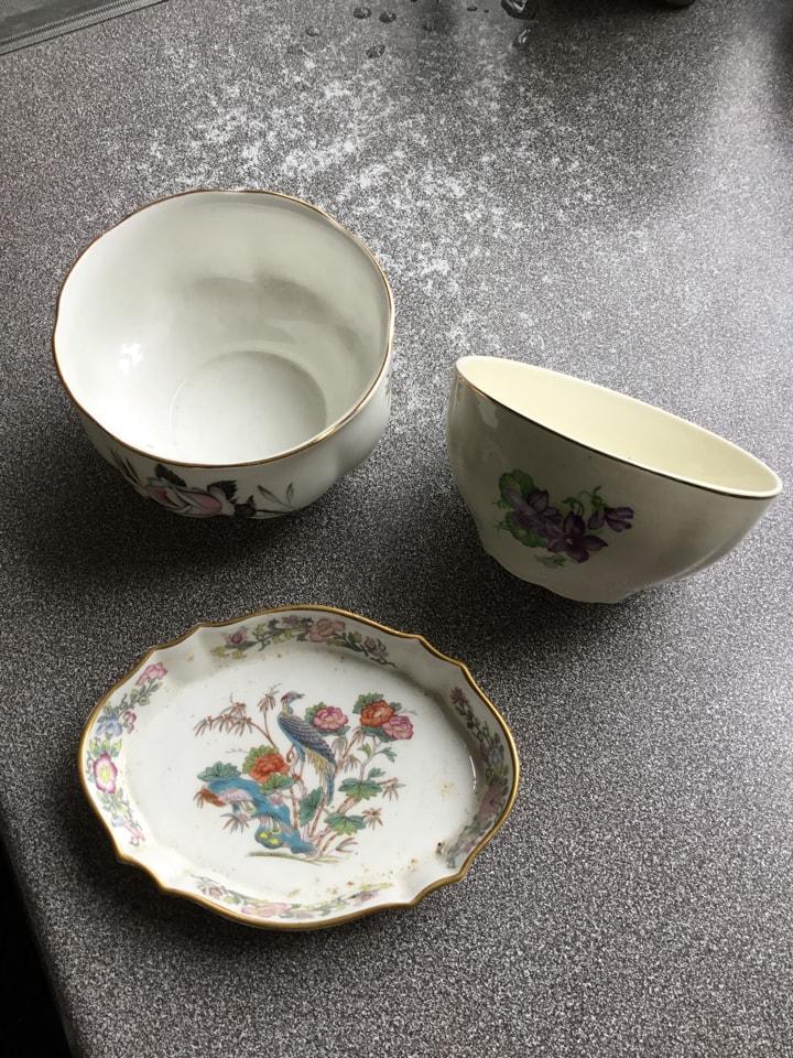 Ceramic bowls and dish