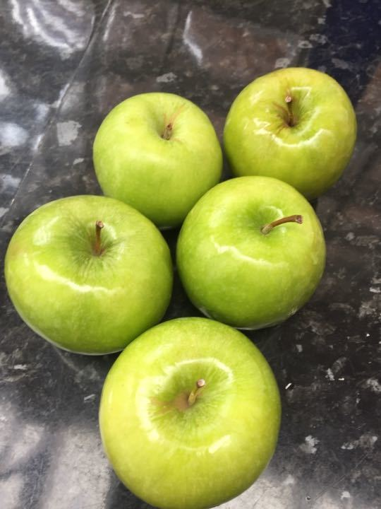 5 Granny Smith apples