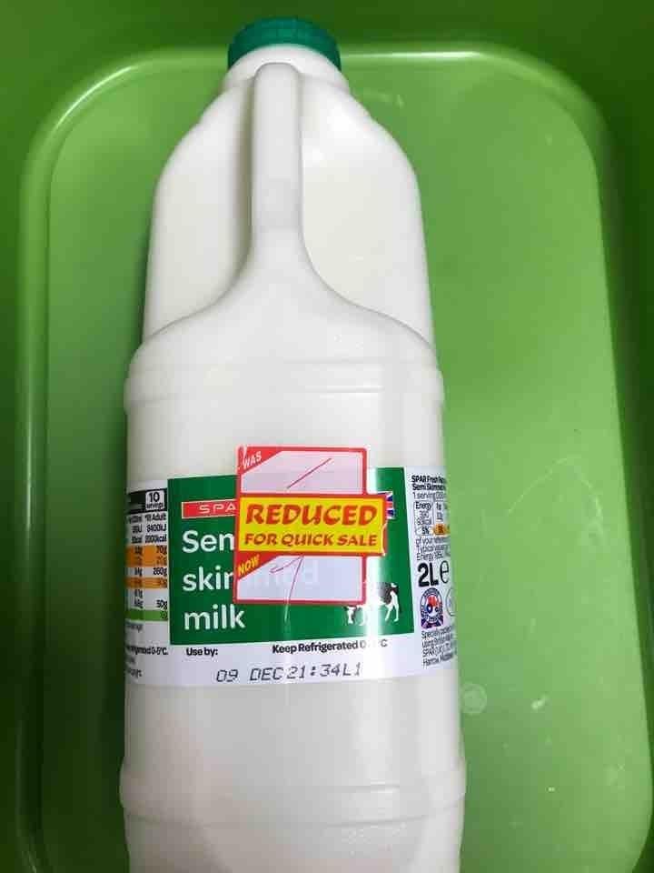 2L semi skimmed milk donated by Homerton SPAR #EcoMumsComp