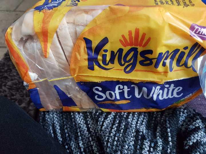 Kingsmill thick soft white