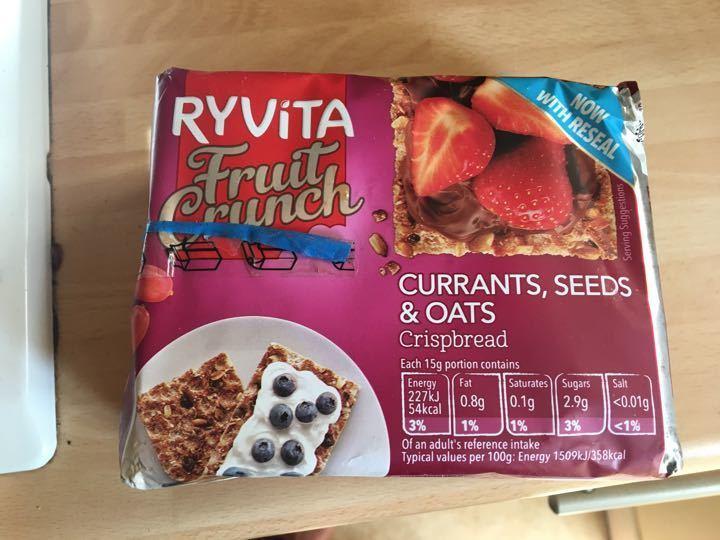 Ryvita fruit crunch flavour