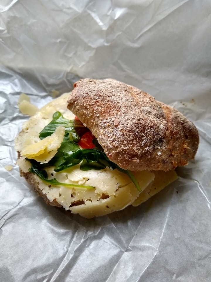 5 Small veg sandwiches