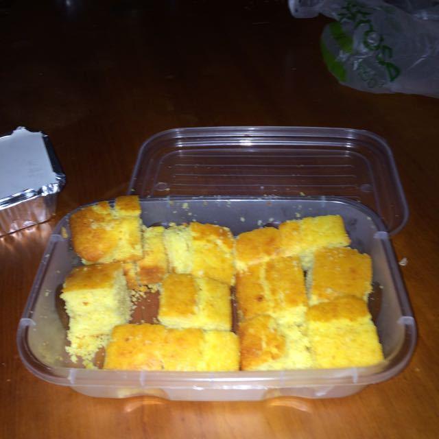 Corn bread (homemade)