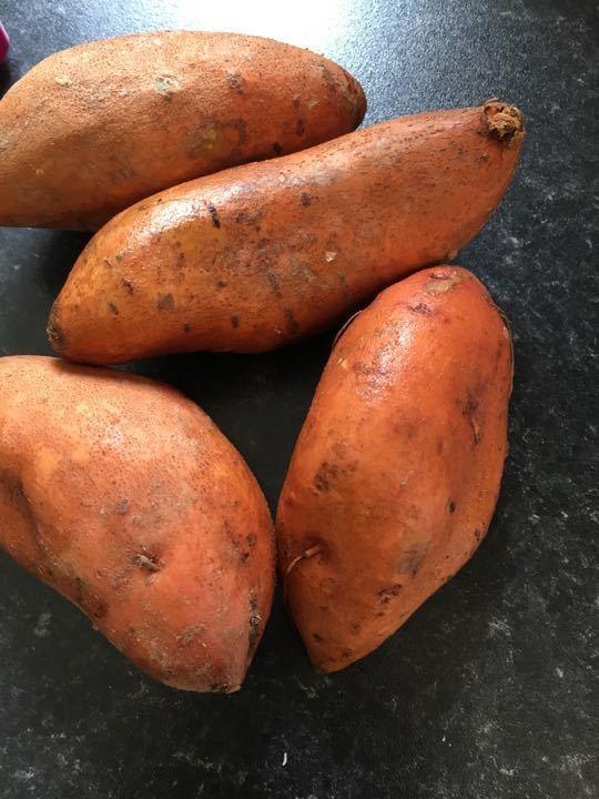Set of 4 sweet potatoes