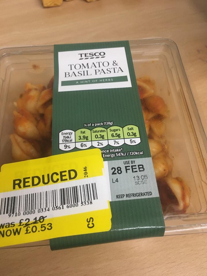 Tomato and basil pasta