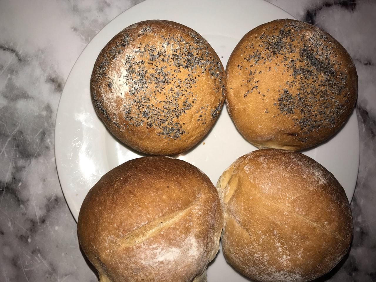 Fresh bread rolls (11/5)
