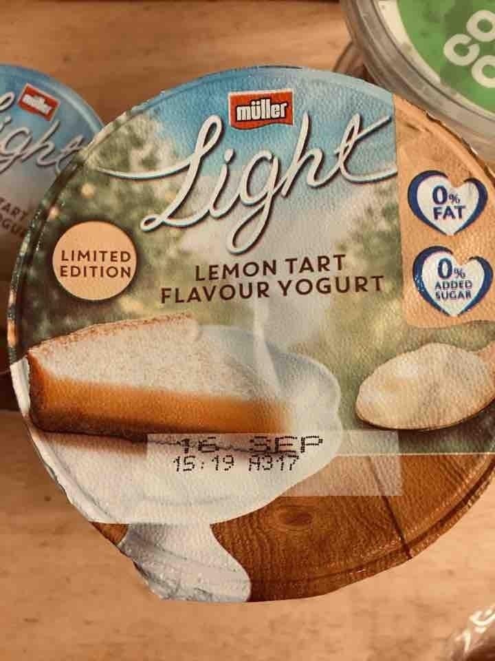 Lemon tart flavour yougurt