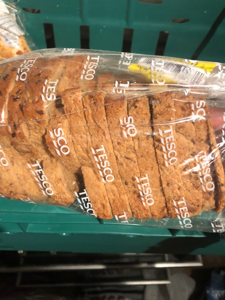 Tesco- wholeseeded loaf 400g