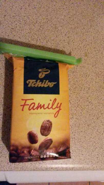 Ground coffee (Tchibo yellow)