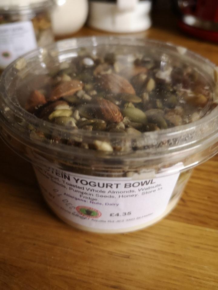 Protein yoghurt bowl