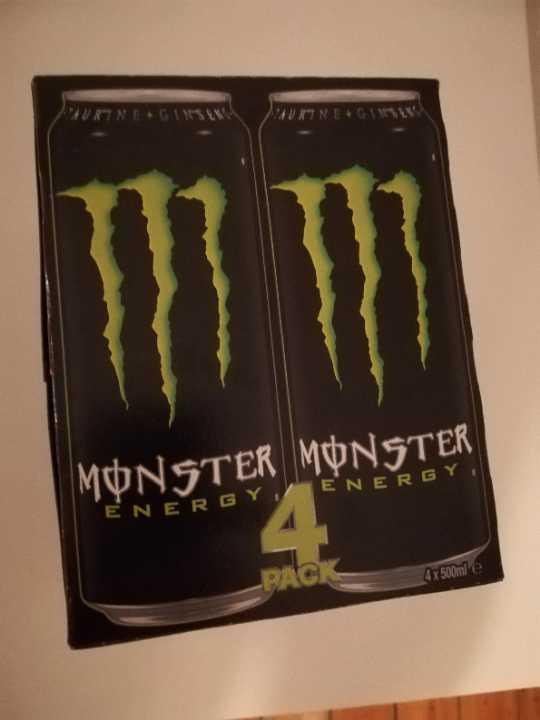 Monster energy drink x 4