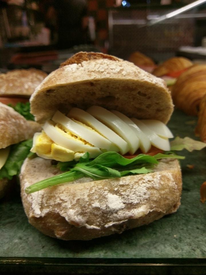 2 x egg sandwich