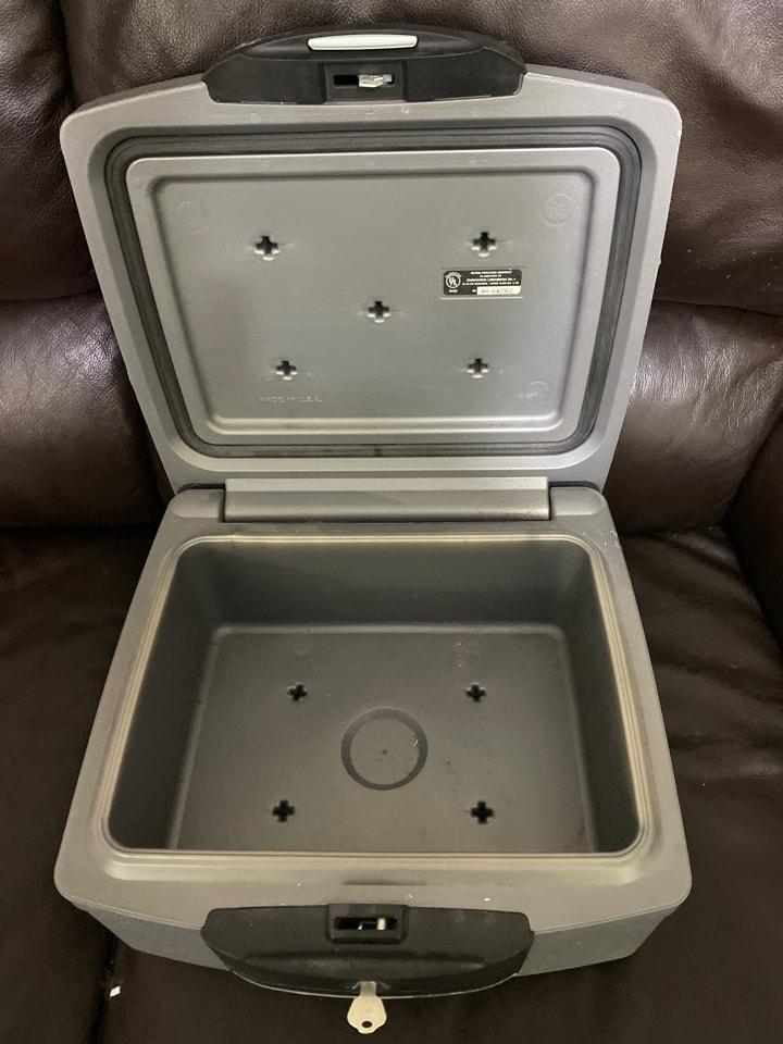 A4 fireproof lock box