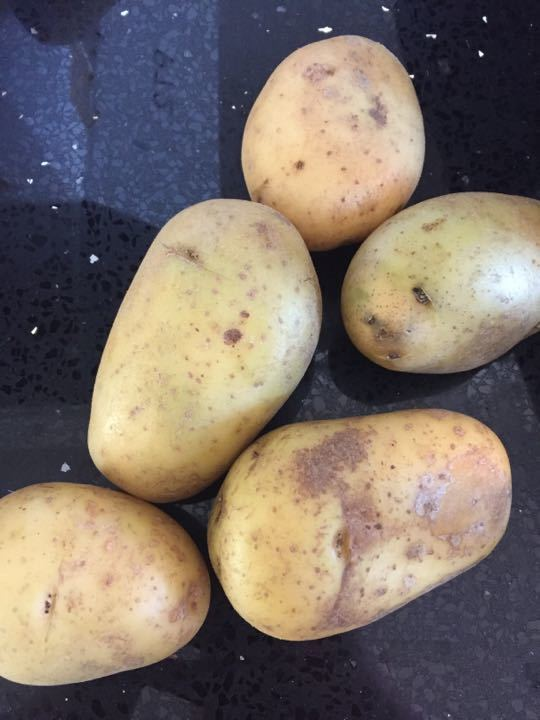 5 potatoes