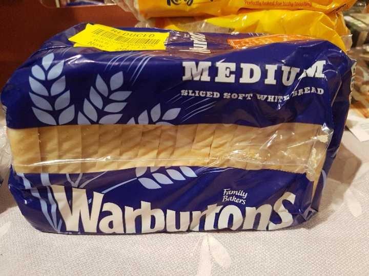 Warburtons medium sliced bread