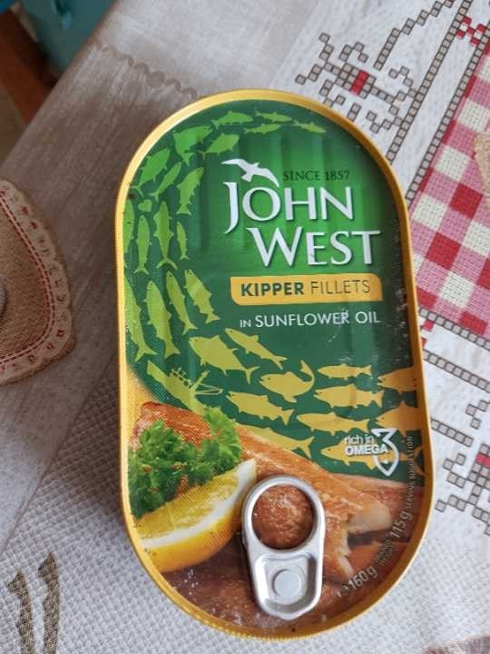 Kipper fillets in sunflower oil