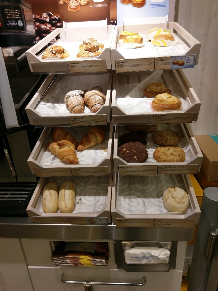 A few x mixed buns