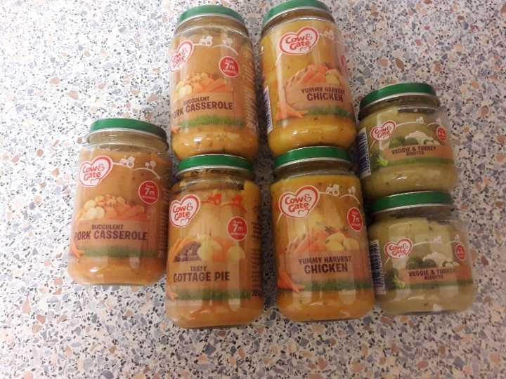 Baby jar food all in date